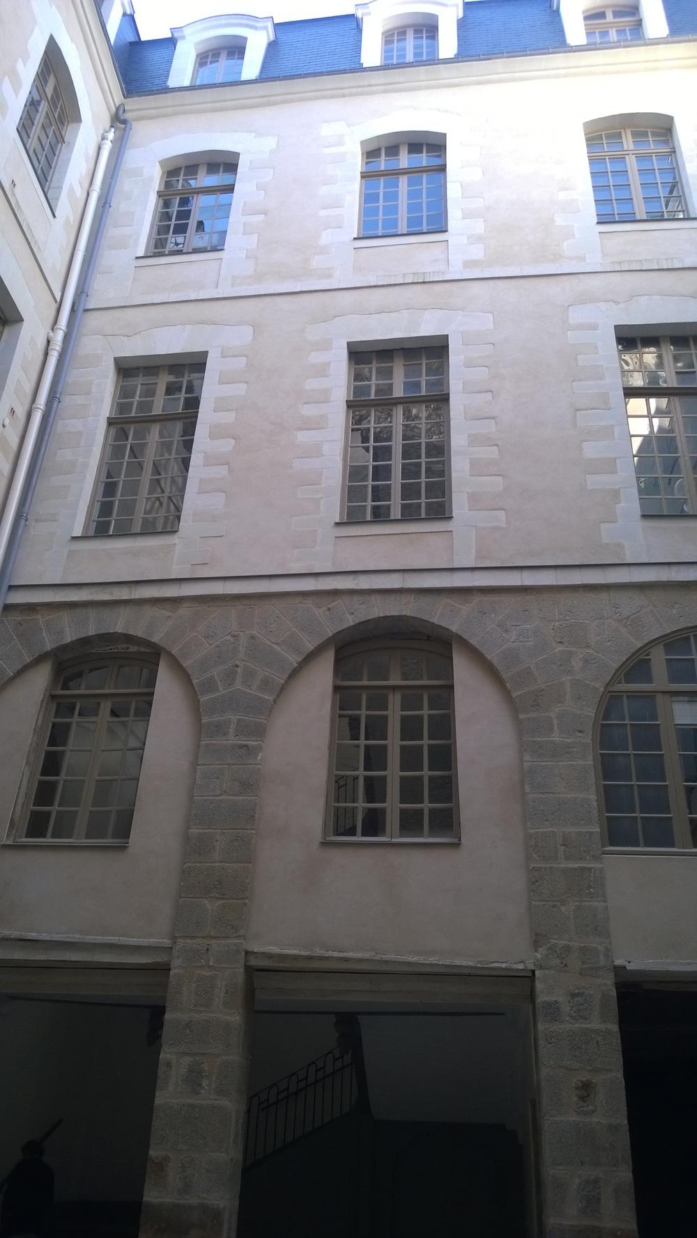 12 place du parlement Rennes-XVIIIè s. CLMH